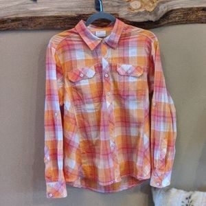Columbia women's size XL Camp Henry's top.